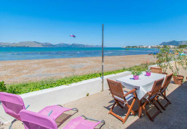 Villa en Alcúdia - LA CALMA :) Estupenda casa para 4 personas en Sa Marina, Alcudia. AC y WiFi grati