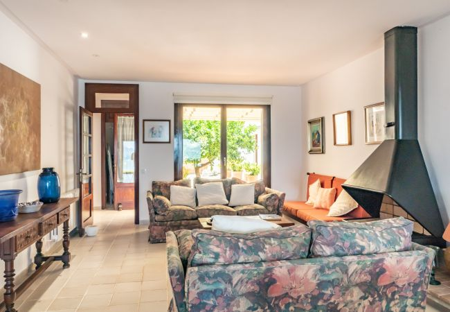 Apartamento en Alcúdia - PERICAS primera linea del mar de Alcudia, para 8, WiFi gratis
