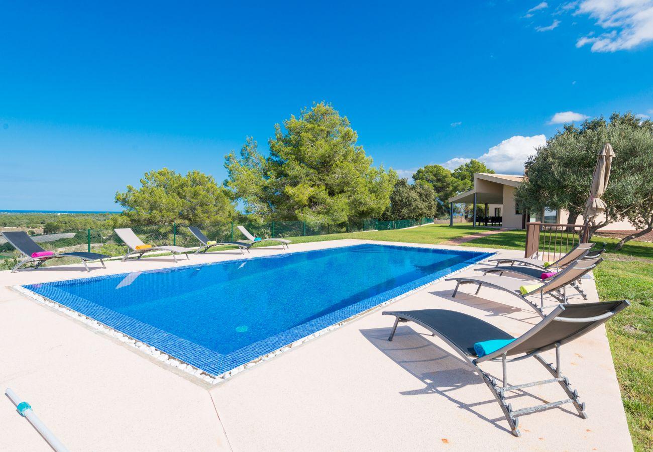 Finca en Santa Margalida - SON VADOR Finca con piscina para 8 en Santa Margarita