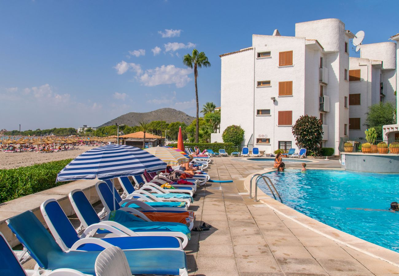 Apartamento en Alcúdia - CARABELA BEACH para 4 con piscina a 10 m de la playa