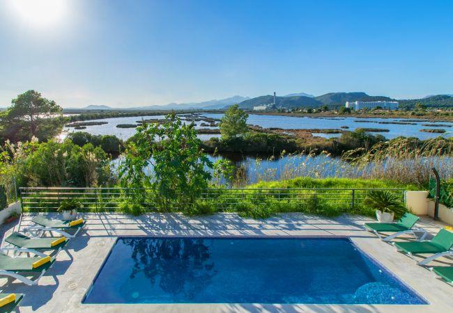 Villa en Playa de Muro - LAKE VILLAGE :) Increíbles vistas para 12 personas en Playa de Muro. AC y WiFi gratis