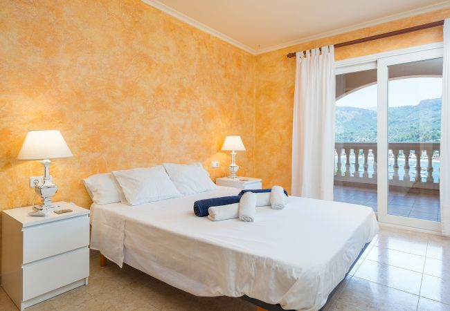 Villa in Sóller - SOLELLADA :)  Haus für 9 Personen mit Blick auf den Hafen von Sóller